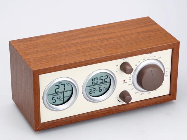 Vintage Radio Clock In Wood Frame