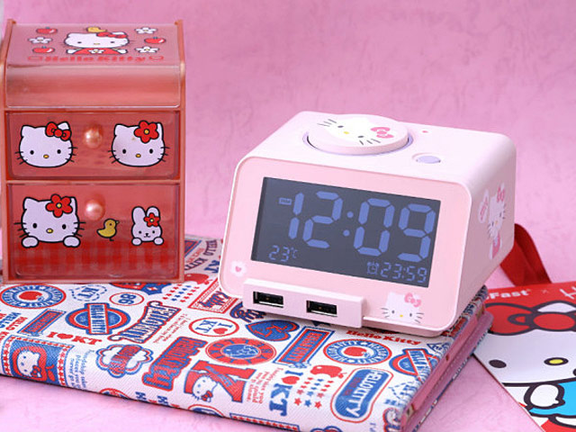 84ab90a3c Hello Kitty 4-in-1 Bluetooth Alarm Clock Speaker with Dual USB Charger